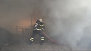 Samandağ'da saman yangını