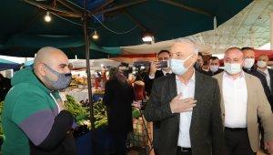 Saruhanlı'da pazarcı esnafından 2 ay sergi yeri ücreti alınmayacak
