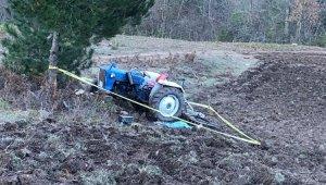 Sinop'ta takla atan traktörden fırlayan sürücü hayatını kaybetti