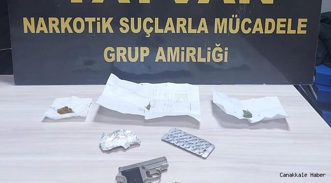 Tatvan'da uyuşturucu ve silah ele geçirildi