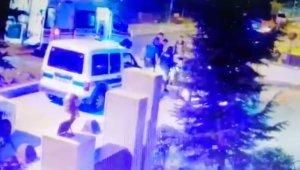 Telsizle polisin başına defalarca vuran saldırganın görüntüleri ortaya çıktı