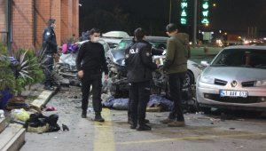 TEM Otoyolu'nda feci kaza: 1 ölü, 8 yaralı