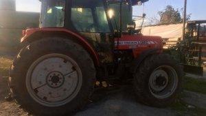 Traktör hırsızları yakalandı