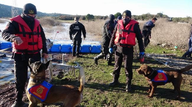 Barajdaki aramalara kadavra köpekleri de katıldı