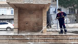 Çanakkale Belediyesi temizliği sürdürüyor