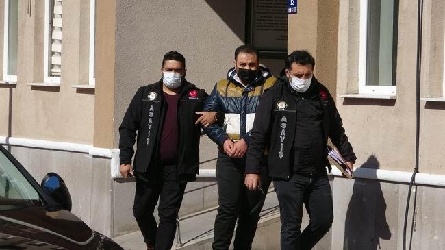 Çanakkale'de dolandırdı, İstanbul'da yakalandı