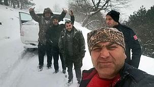 Kardan mahsur kalan çifçilere itfaye yetişti