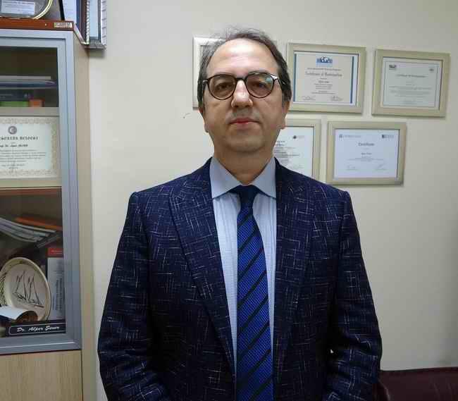 """Prof. Dr. Şener """"mRNA aşılarında hata payı olmadığı görülüyor"""""""