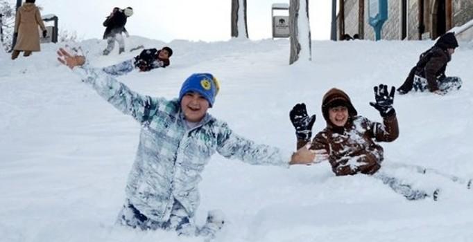Yenice'de eğitime kar engeli