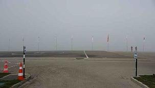 Yoğun sis nedeniyle Çanakkale Boğazı trafiğe kapandı