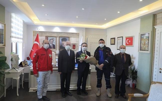 AFAD heyeti, deprem haftasında Vali Aktaş'ı ziyaret etti