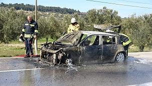 Alev alev yanan araç küle döndü