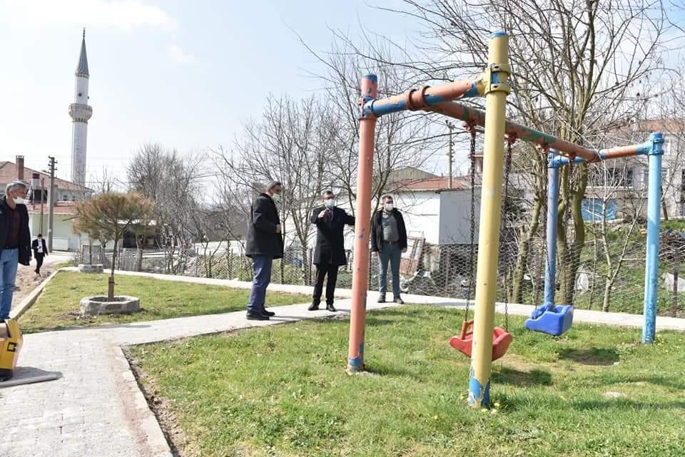 """Başkan Bülent Öz: """"Parklarımızı yeniliyoruz"""""""