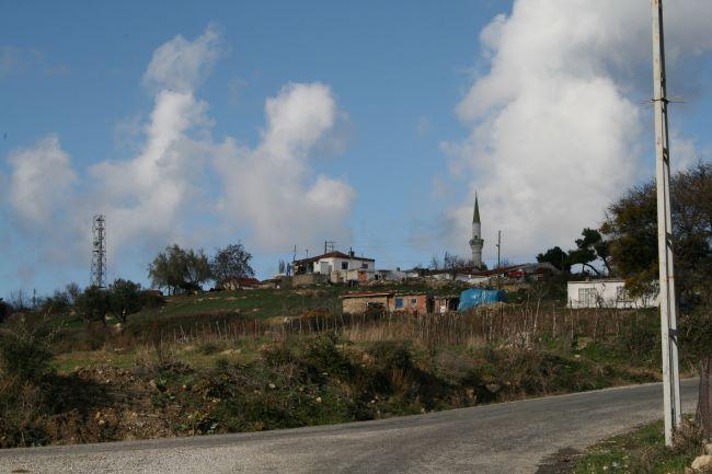 Behramlı köyü karantinaya alındı