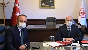 Bülent Turan, Bakan Karaismailoğlu ile bir araya geldi