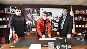 Çan Belediyesi Güreş Kulübü'den yeni transfer