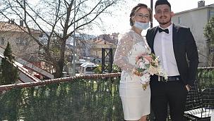 Çan'da normalleşme sonrası ilk nikah kıyıldı