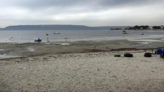 Dardanos kıyılarında sular 30 metre çekildi