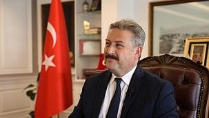 HAK-İŞ Genel Başkanı Arslan Çanakkale Deniz Zaferi'nin 106. yıl dönümünü kutladı