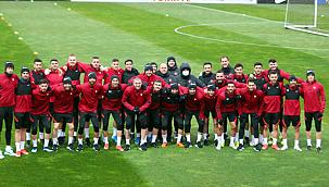 Milliler, Norveç maçı için İspanya'ya gitti