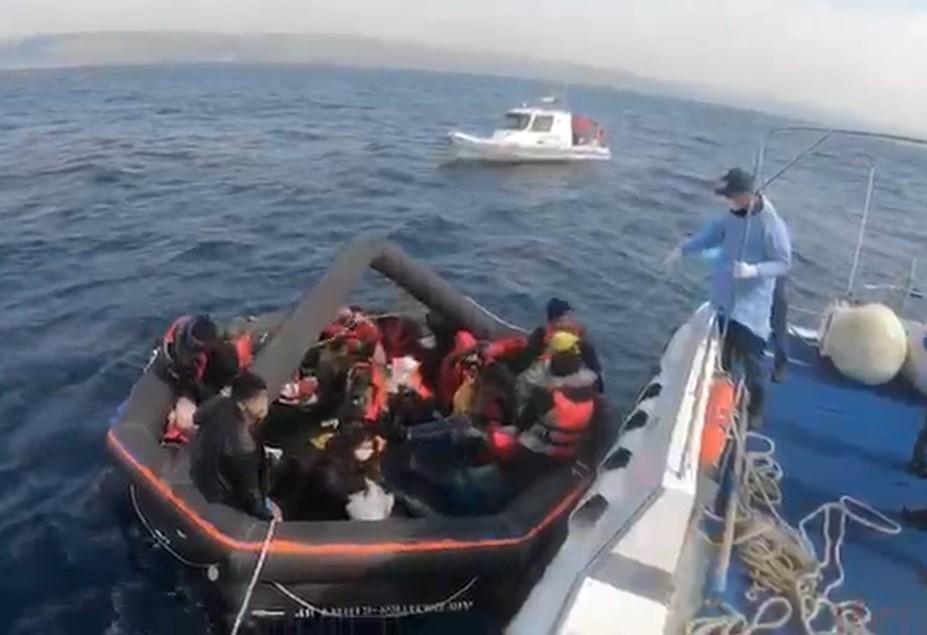 27 mülteci kurtarıldı