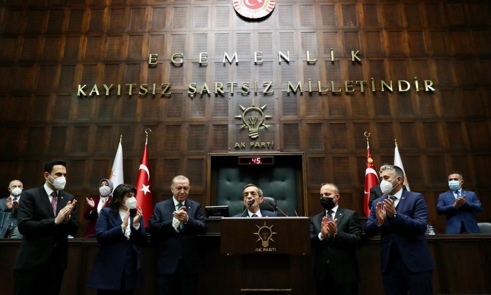 CHP'li Çanakkale İl Genel Meclisi Başkanı Nejat Önder AK Parti'ye geçti
