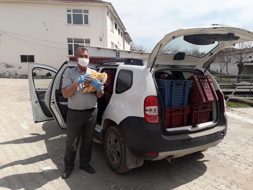 Karabey köyüne ekmek yardımı