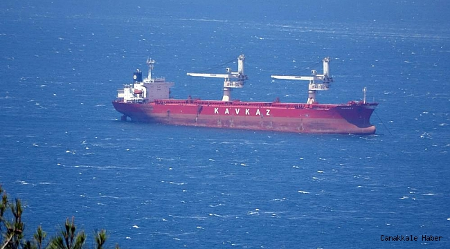 Arızalanan gemide çalışmalar sürüyor