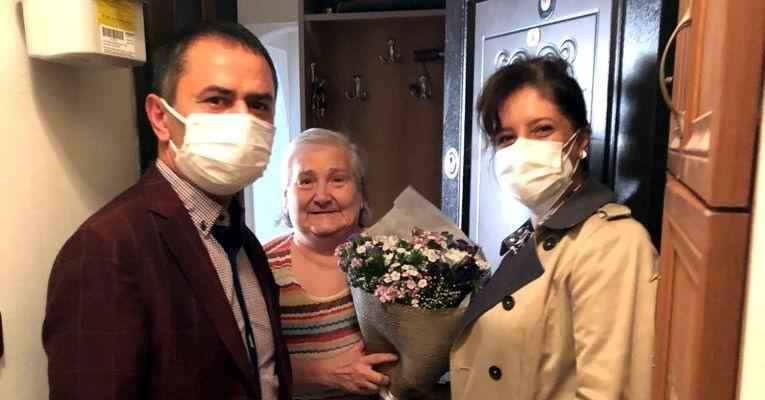 Vali Aktaş ve Eşi şehit annelerini ziyaret etti
