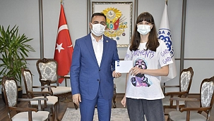 Başkan Erdoğan, Gülse Tetik'i tebrik etti