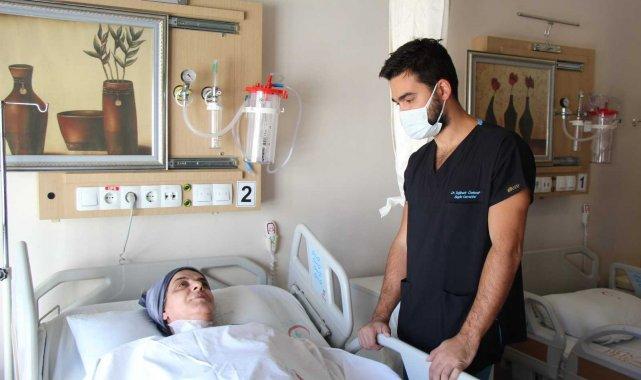Bölgede yapılmayan boyun omuriliği daralması ameliyatı Mardin'de yapıldı